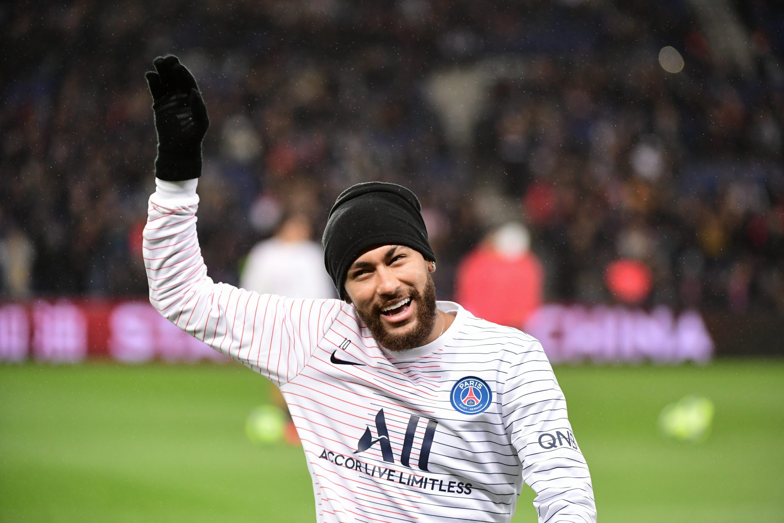 Neymar rentre à Paris ce samedi