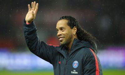 PSG/Leipzig - Ronaldinho au Parc des Princes, cela agace le Barça