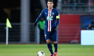 """Thiago Silva annonce qu'il rentre en France """"la semaine prochaine"""" et veut continuer en Europe"""