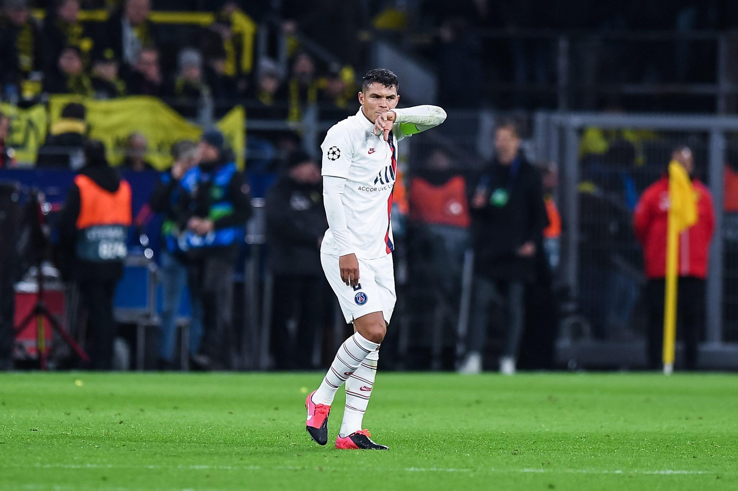 Mercato - Thiago Silva ne devrait pas rester au PSG, ni revenir à Fluminense d'après Le Parisien