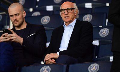 """Carlos Bianchi livre son analyse sur Cavani """"l'un des plus grands du PSG."""""""