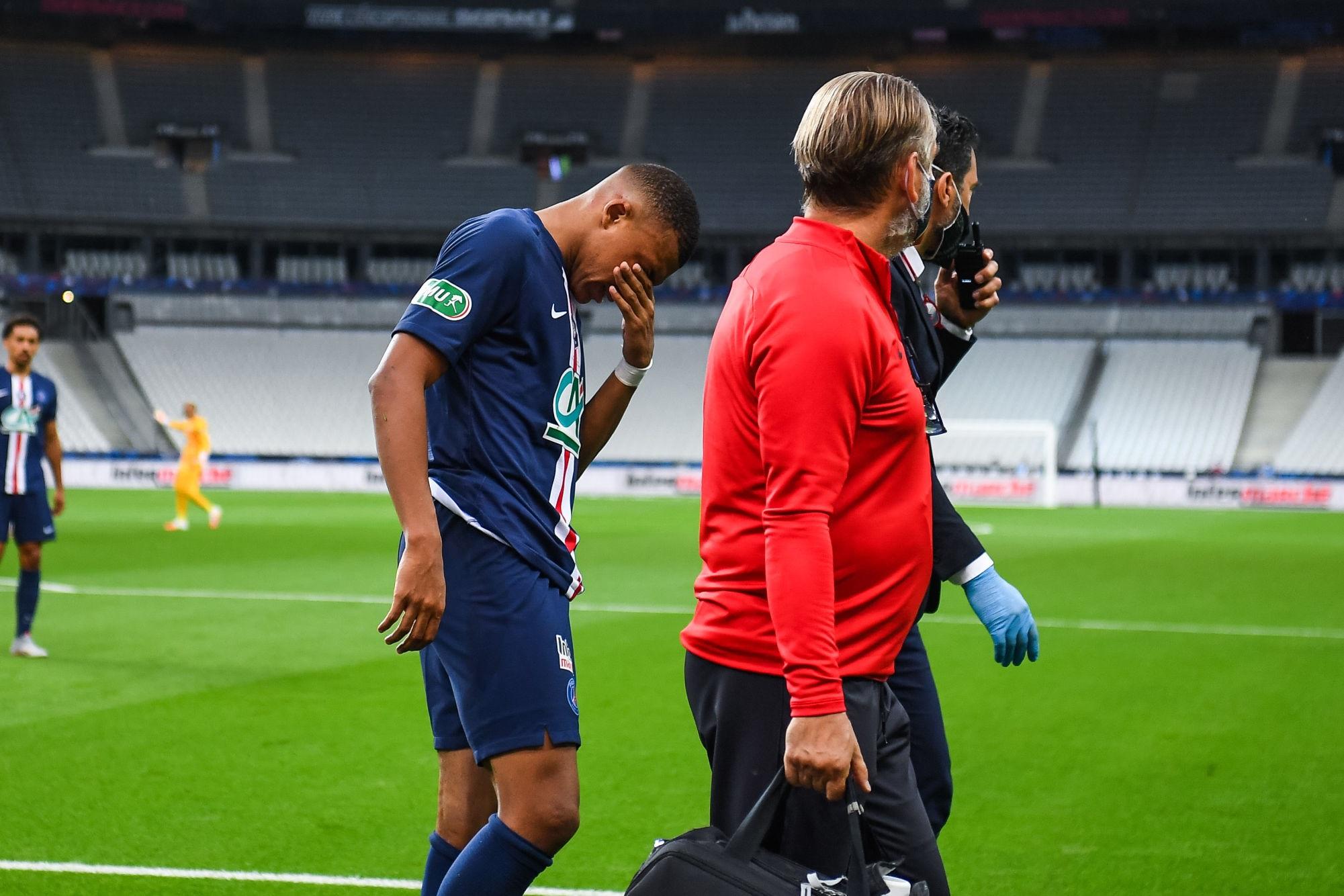 Officiel - Le PSG précise la blessure de Mbappé, le forfait contre l'Atalanta quasiment certain