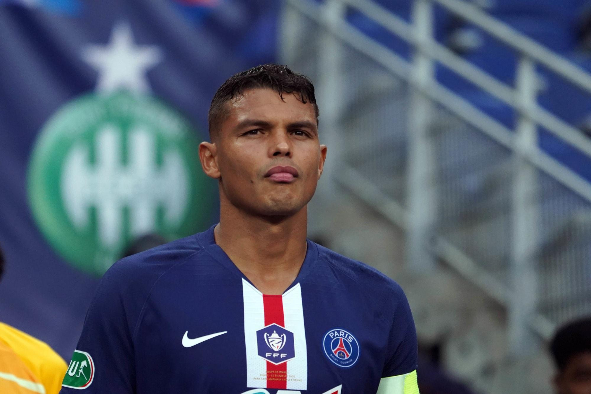 """Thiago Silva est """"triste"""" après la blessure de Mbappé mais """"content"""" d'avoir remporté la finale"""
