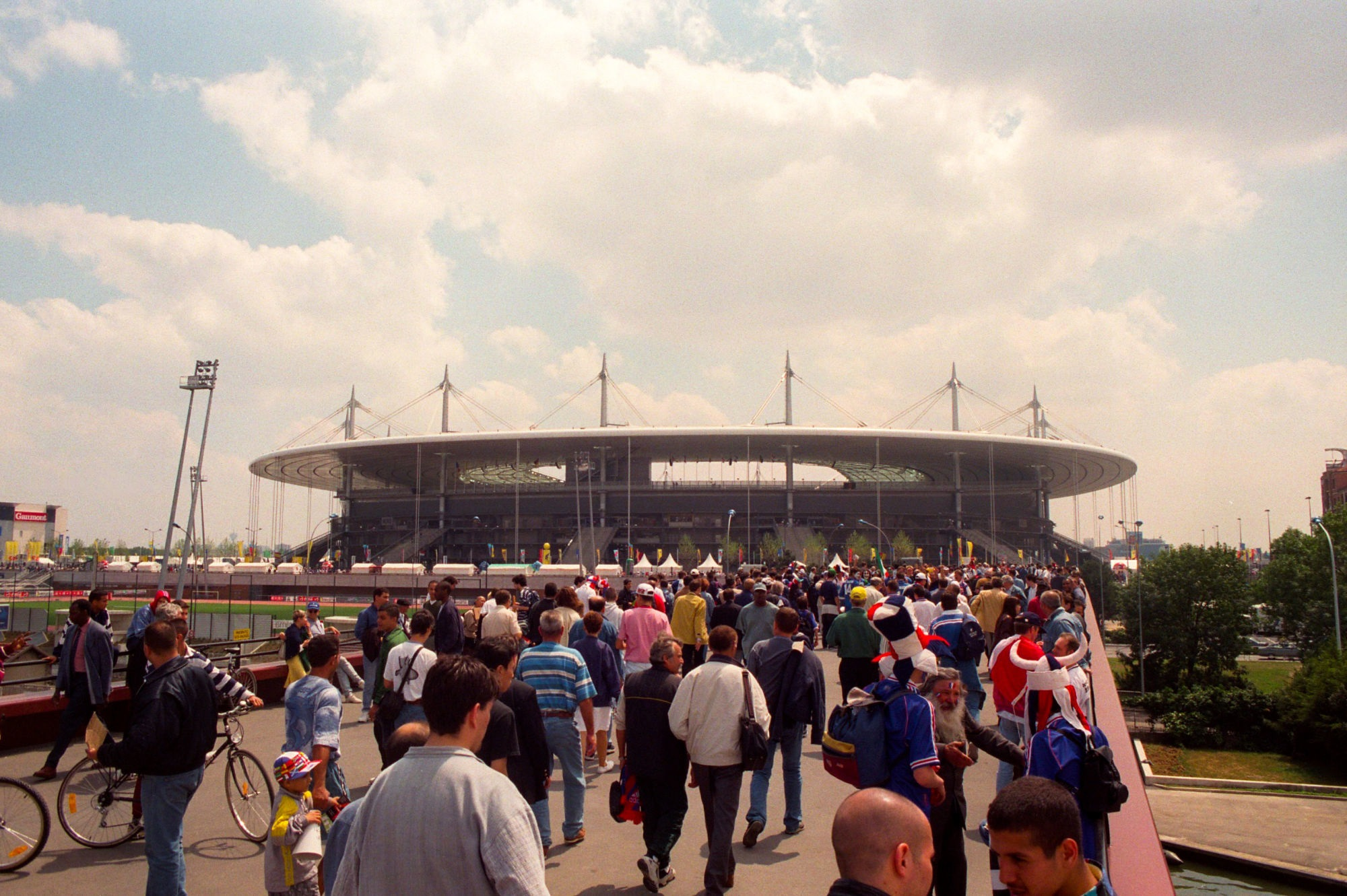 Il resterait l'espoir d'avoir plus de 5 000 personnes au Stade de France pour finales des coupes