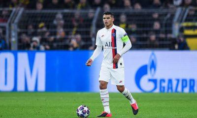 """Dante déçu du départ de Thiago Silva """"une belle personne et un grand capitaine"""""""