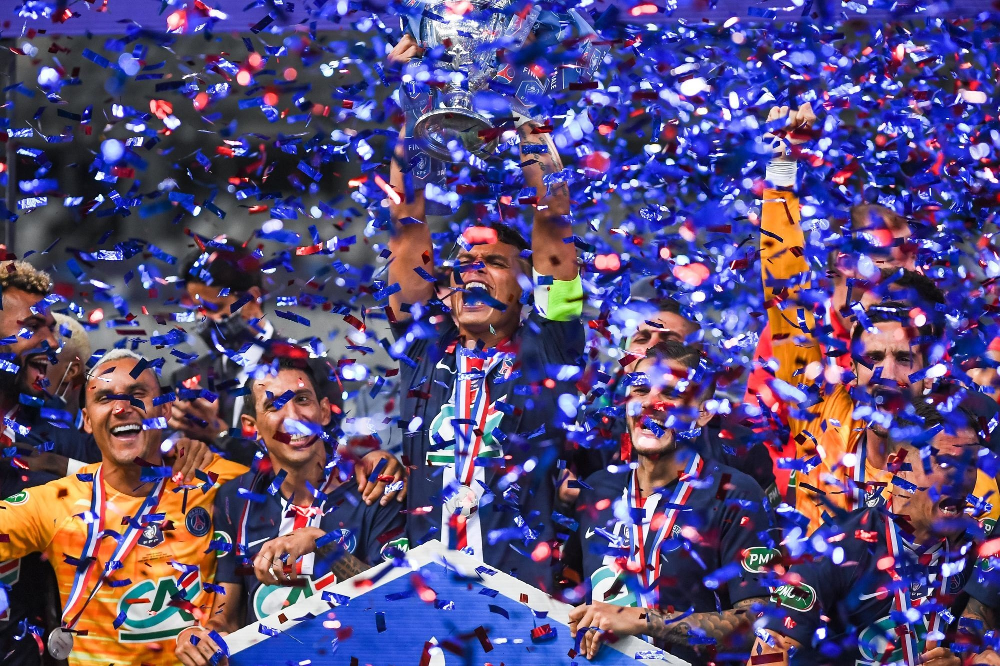 Revivez la victoire du PSG contre Saint-Etienne en finale de CDF au plus près des joueurs