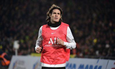 Mercato - Le Benfica a finalement repoussé la demande de Cavani, selon Record
