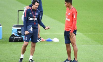"""L'agent de Thiago Silva dézingue Emery """"Le PSG a perdu deuxans"""""""