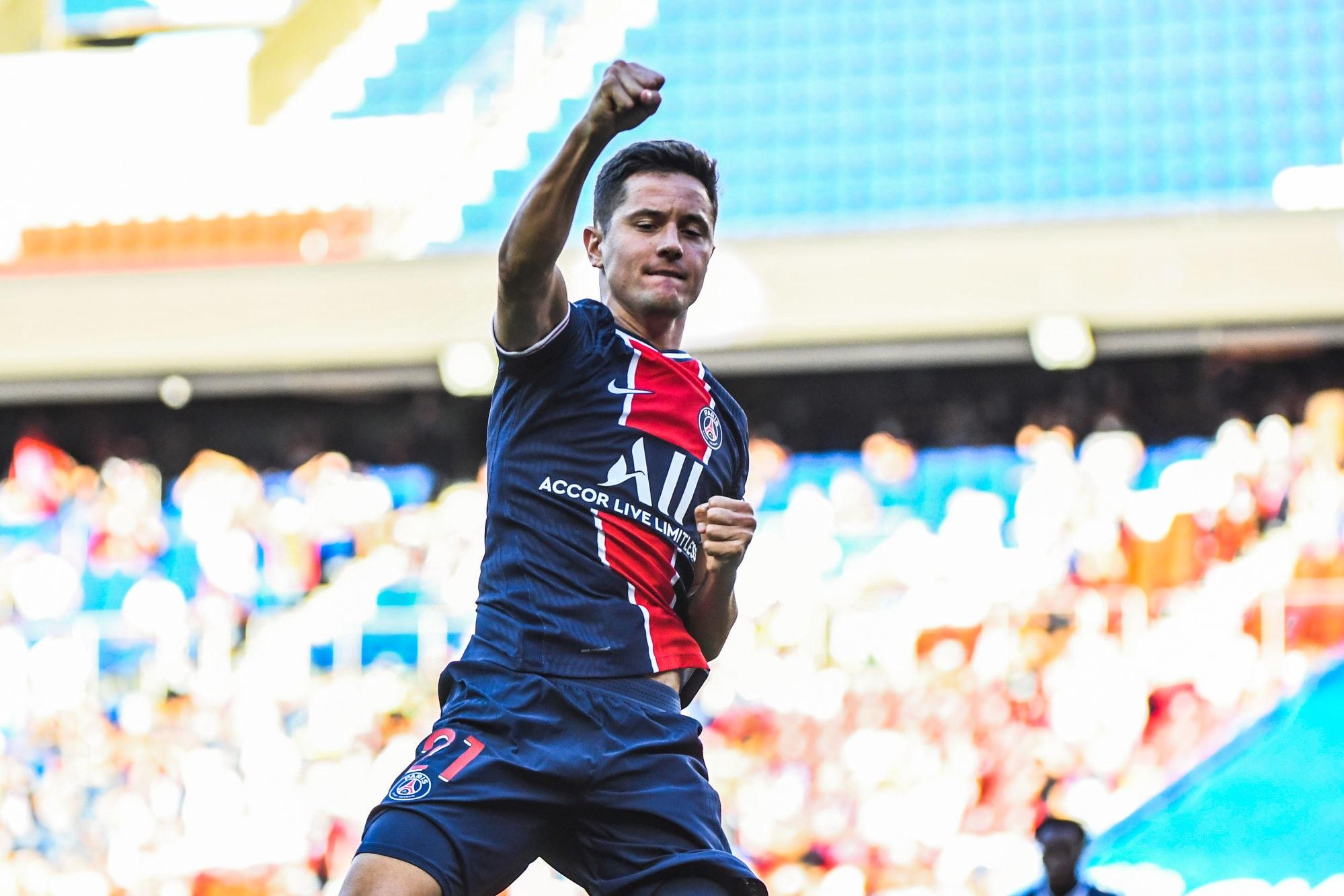 Atalanta/PSG - L'équipe parisienne annoncée en 4-3-3 avec Herrera