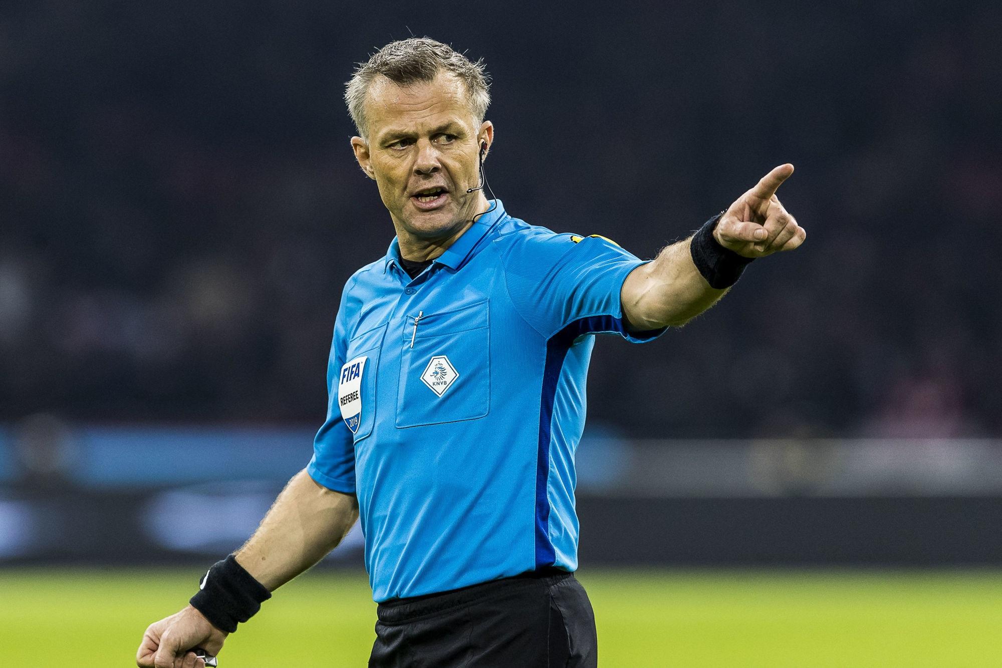 City/PSG - Kuipers arbitre du match, peu de cartons et le 1-4 face à Barcelone