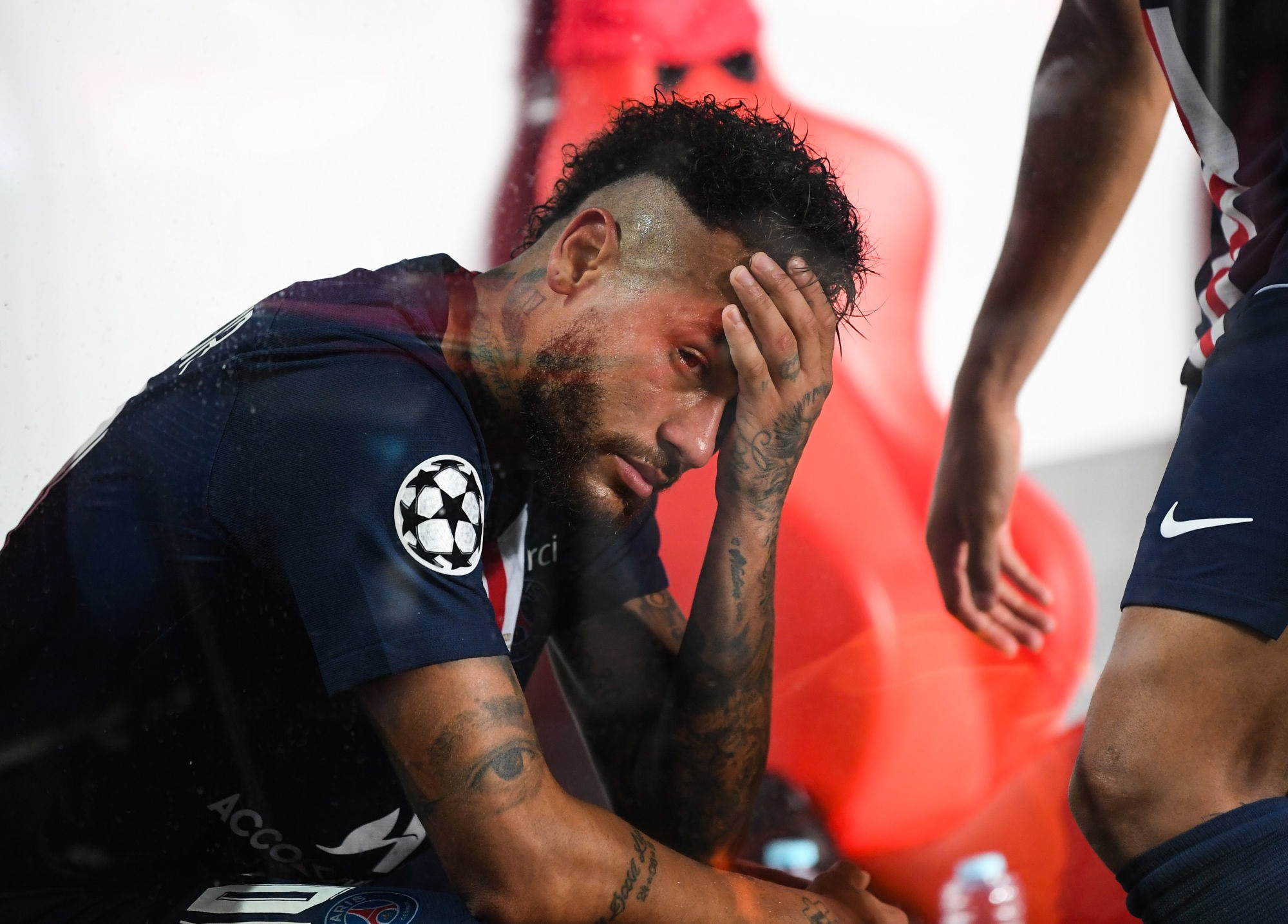 PSG/Bayern - Rouyer voit du faux dans les larmes de Neymar après la finale, c'est déprimant