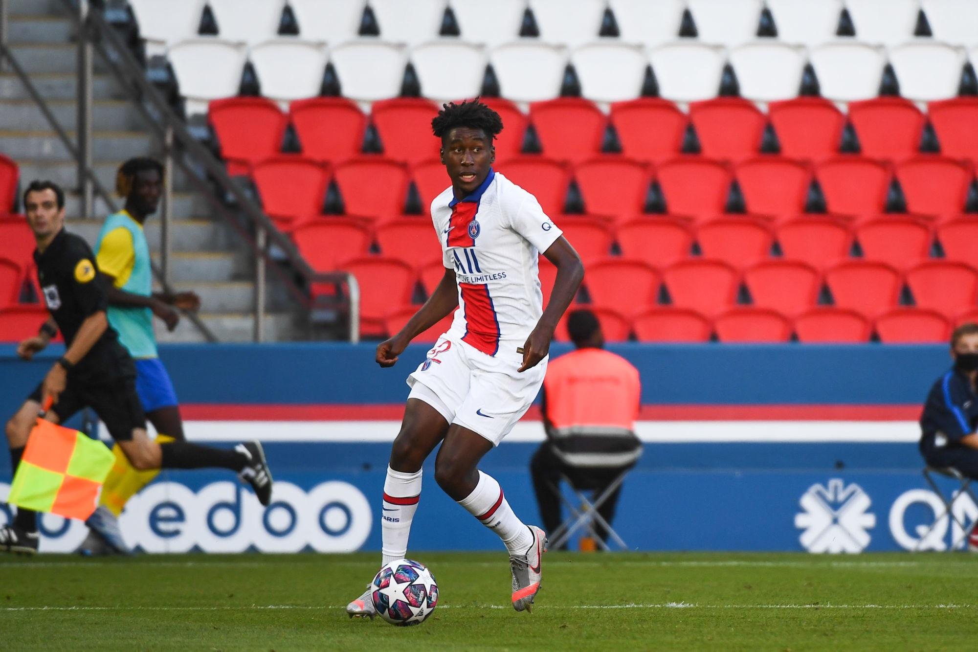 Pembele, Mbe Soh et Kalimuendo appelés en Equipe de France U20 pour la trêve de septembre