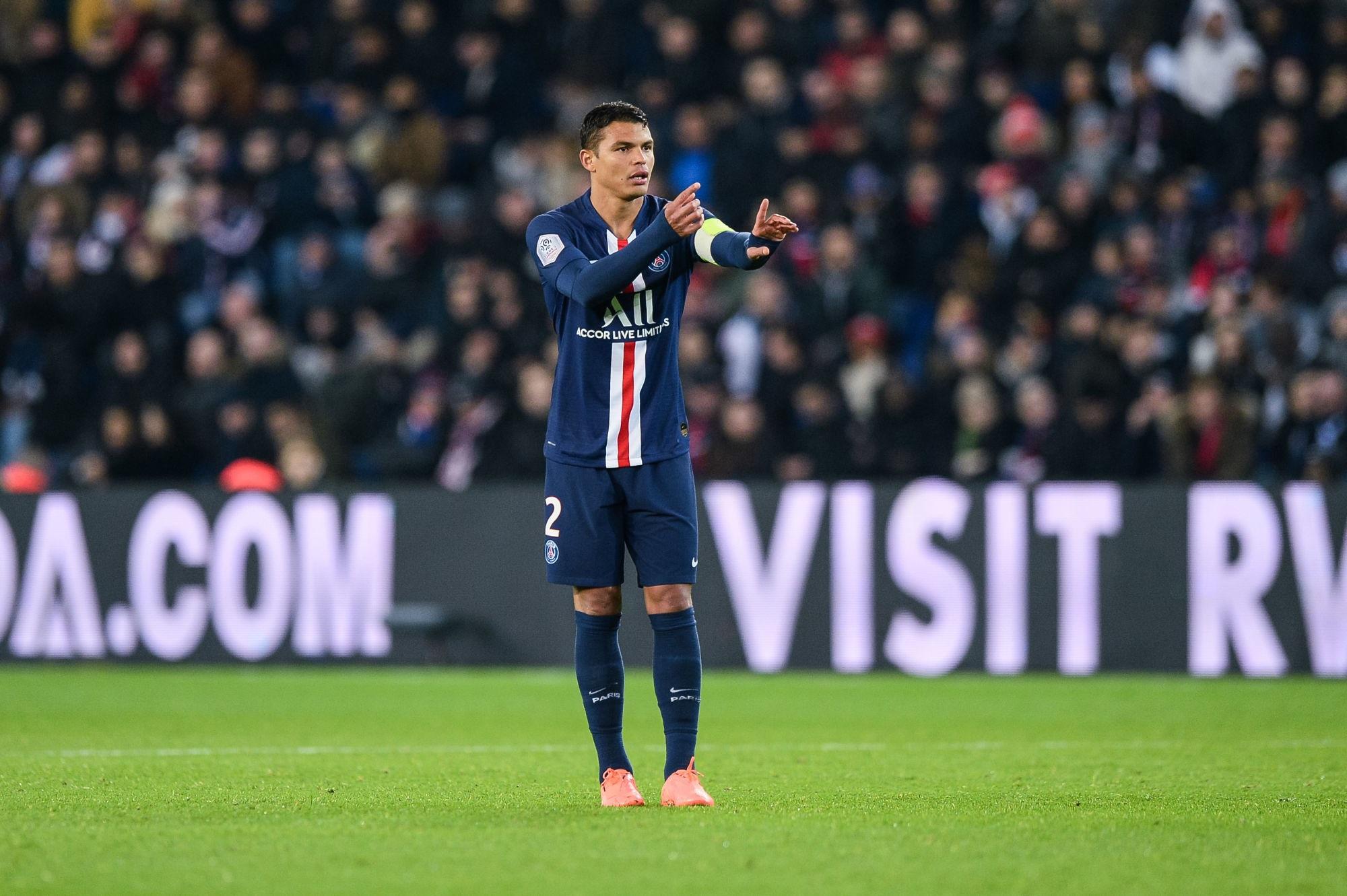 Mercato - Thiago Silva a passé sa visite médicale pour signer à Chelsea, indique Le Parisien