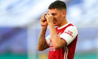 Mercato - Bellerin, le Bayer Leverkusen vient concurrencer le PSG d'après le Telegraph