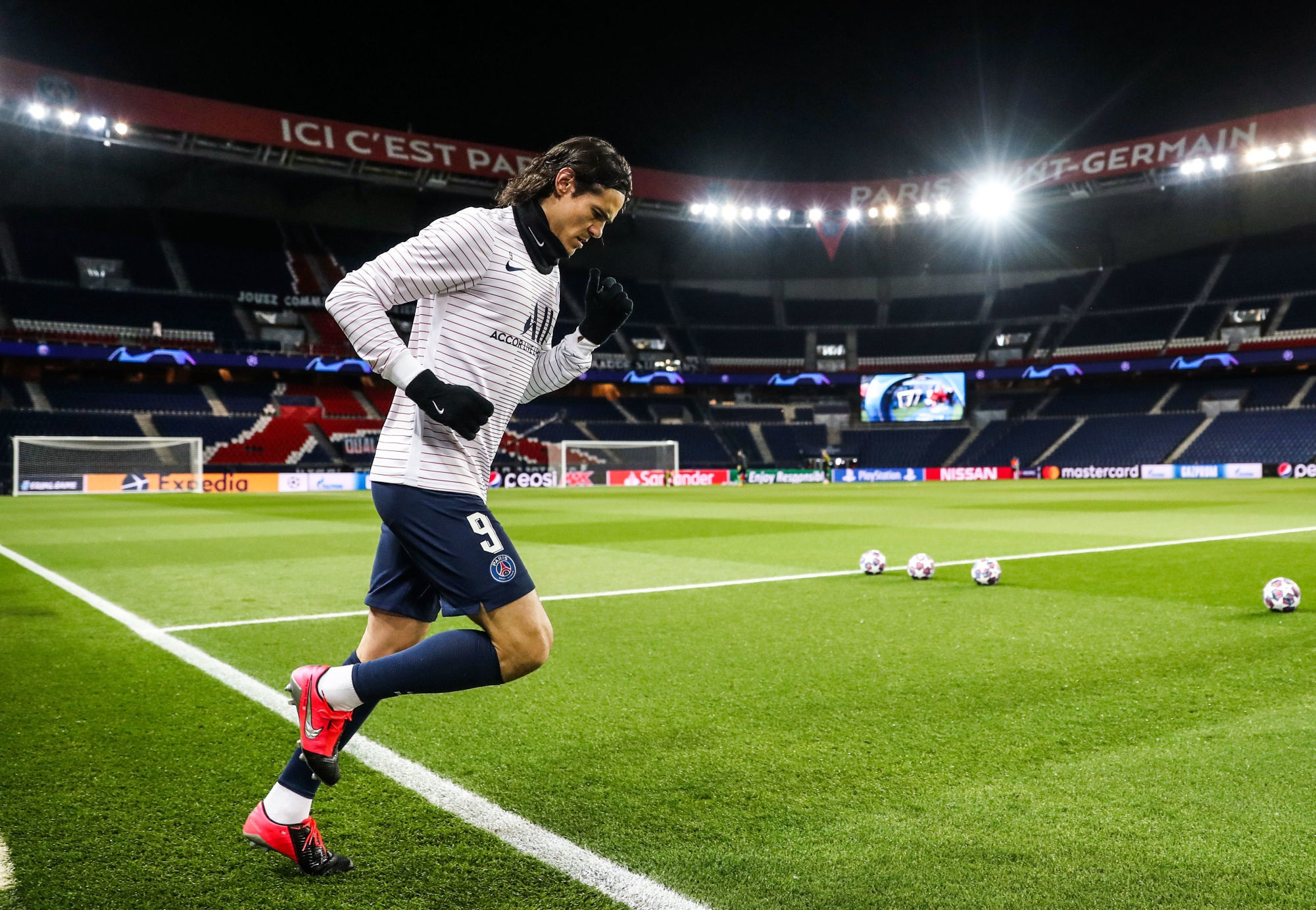 Mercato - L'entourage de Cavani en discussion avec l'Atlético de Madrid, selon Sky Italia