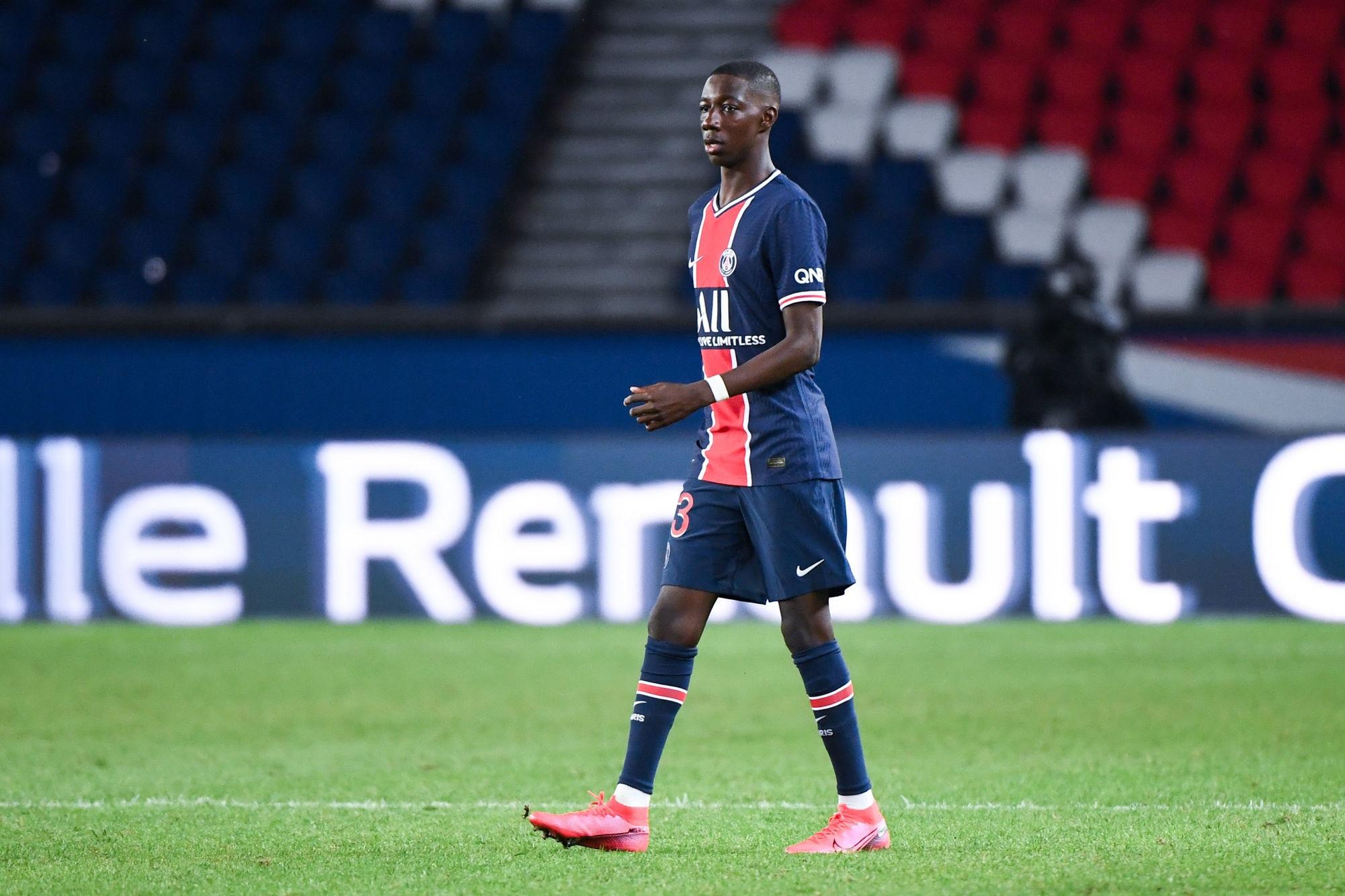 """Fadiga a été visé par """"plusieurs clubs"""", mais va continuer au PSG indique L'Equipe"""