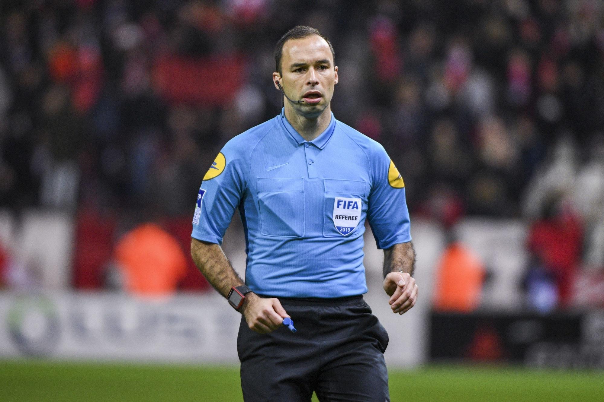 PSG/OM - L'arbitre de la rencontre a été désigné, un peu de jaune et des penaltys