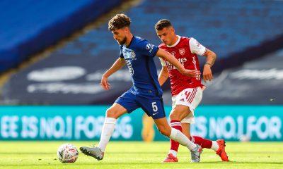 Mercato - Le PSG en discussion avec Chelsea pour le prêt de Jorginho, selon Téléfoot