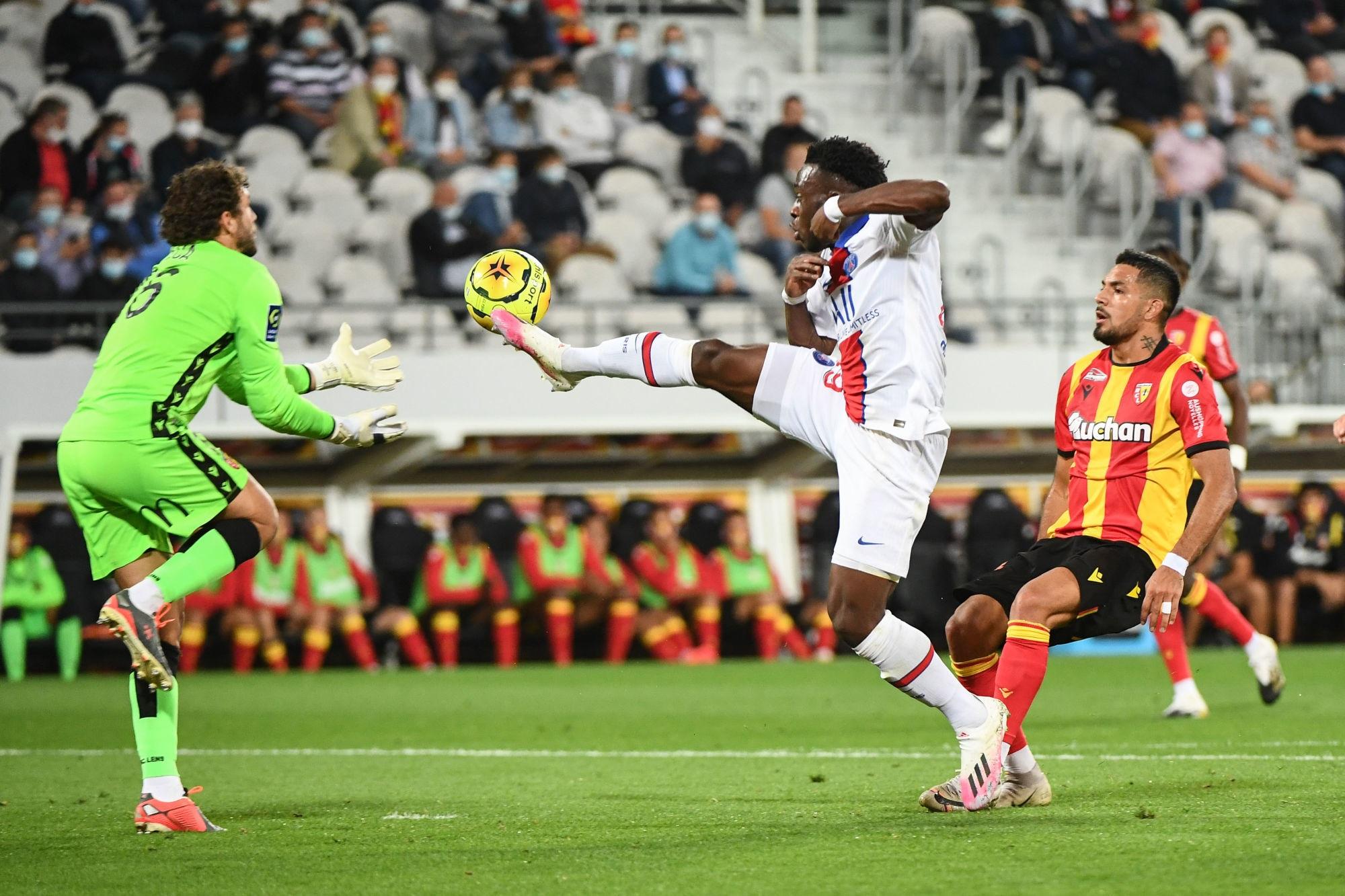 """Lens/PSG - Leca """"On ne va pas enlever la beauté de notre victoire."""""""