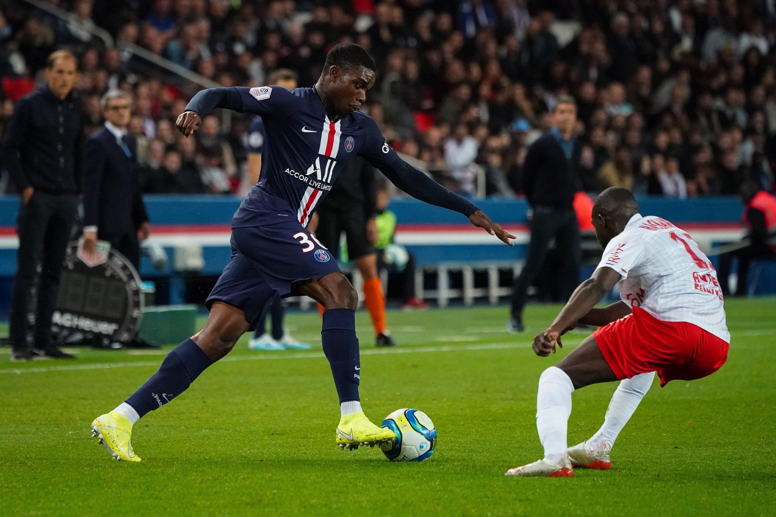 Mercato - Mbe Soh veut quitter le PSG et est ciblé par Nottingham Forrest, confirme Le Parisien