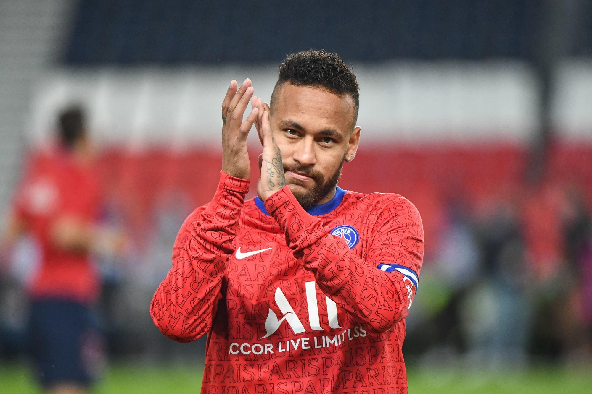 """Officiel - Le PSG """"soutient fermement"""" Neymar, """"victime d'insultes racistes par un joueur adverse"""""""