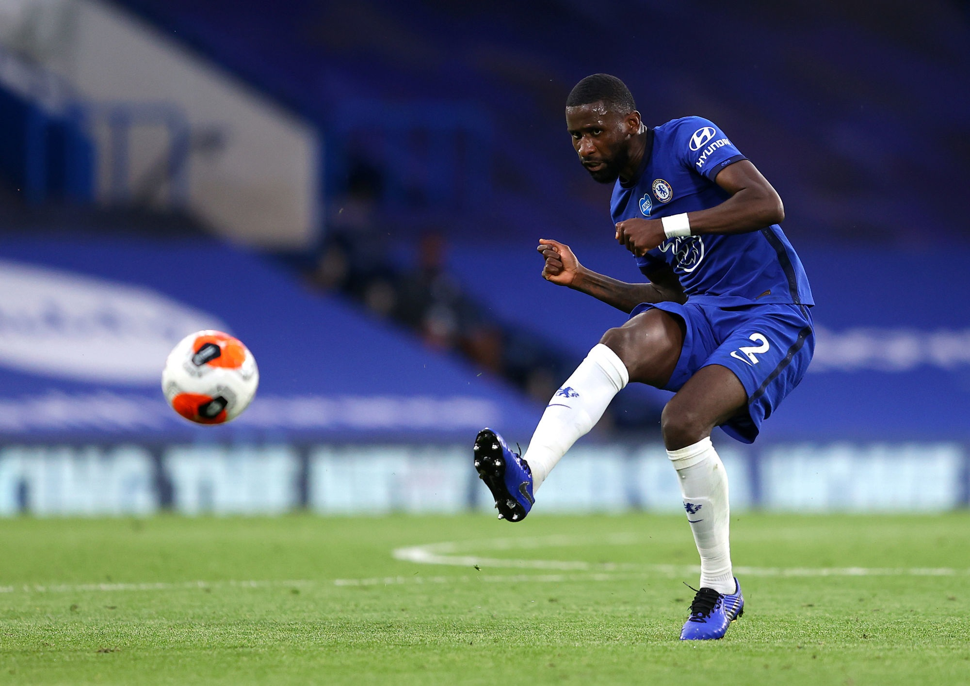 Mercato - Antonio Rüdiger, le PSG négocie avec Chelsea, annonce RMC Sport