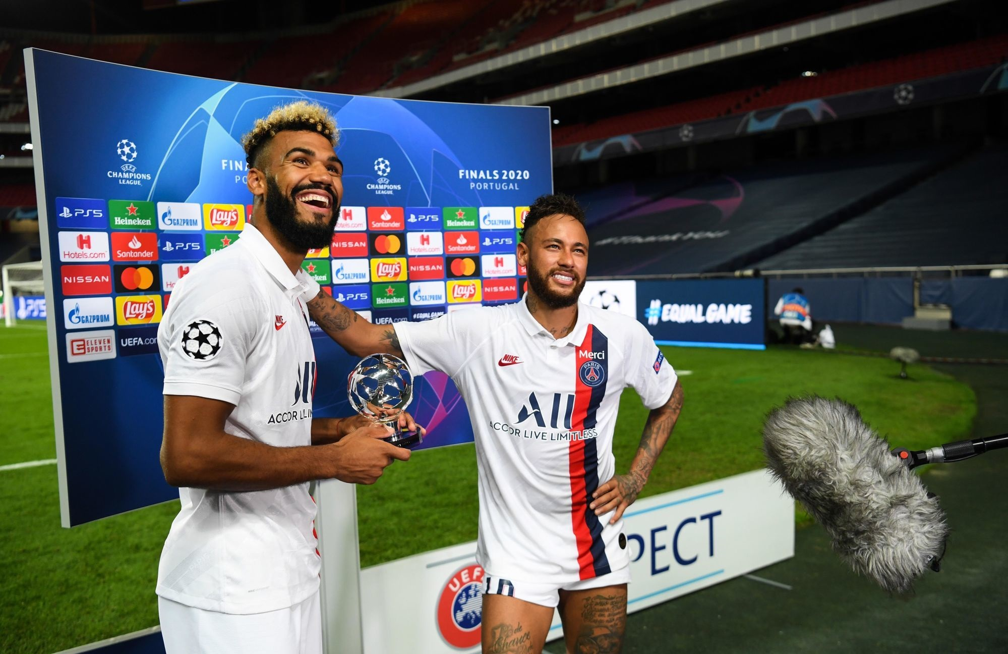 """Choupo-Moting remercie le PSG """"un grand plaisir qui restera inoubliable"""""""