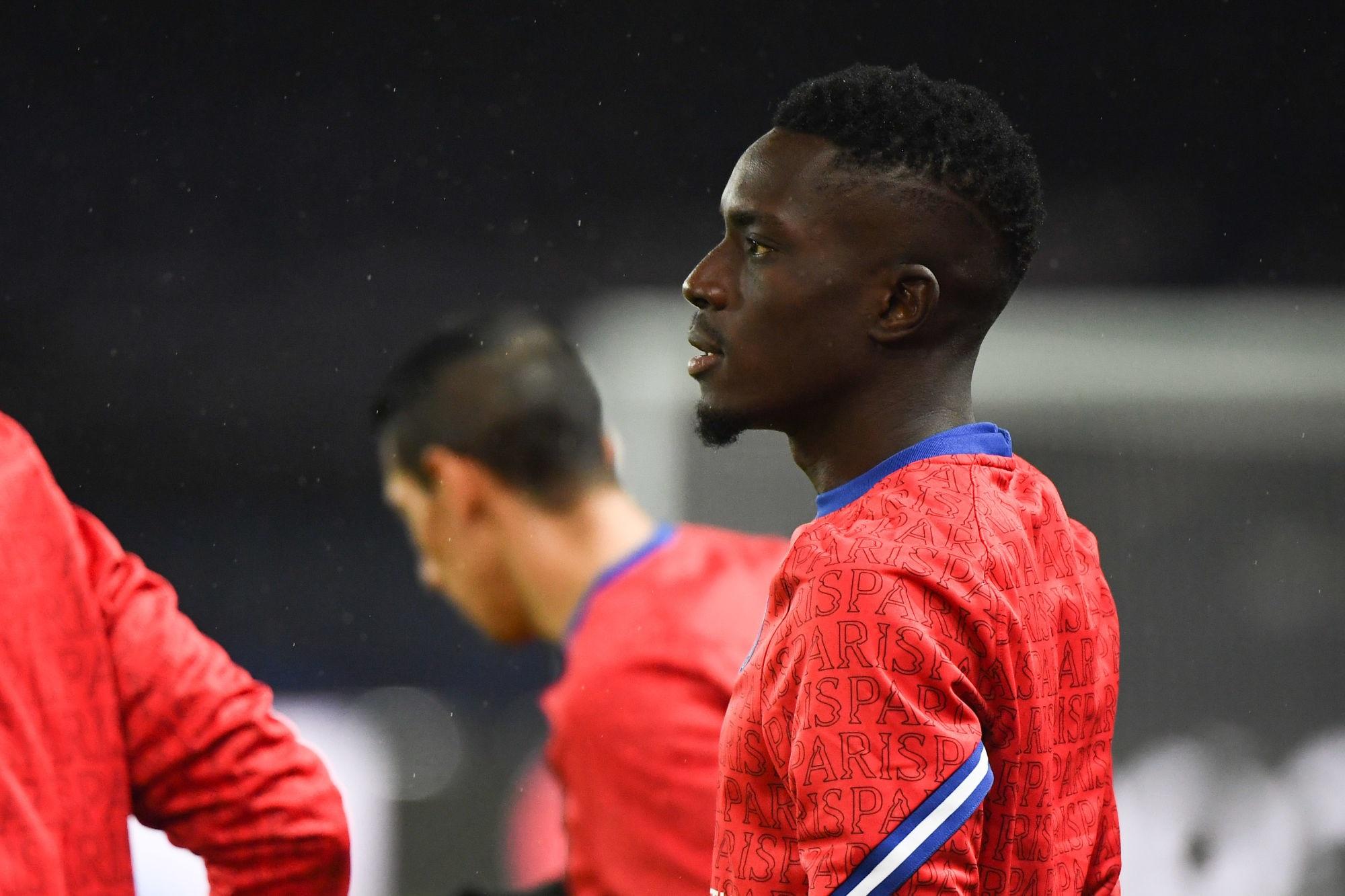 """Gueye souffre d'une """"déchirure"""" et sera absent """"plusieurs semaines"""", annonce RMC Sport"""