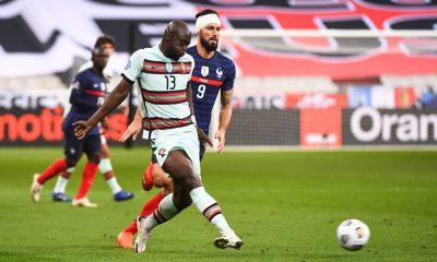 Danilo Pereira a «un profil athlétique» dont avait besoin le PSG, déclare Alonzo