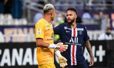 """Keylor Navas fait l'eloge de Neymar et affirme qu'il """"est très impliqué dans l'équipe"""""""