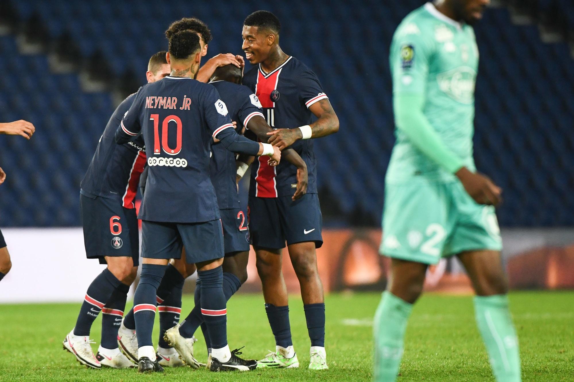 Revivez la victoire du PSG contre Angers au plus près des joueurs parisiens