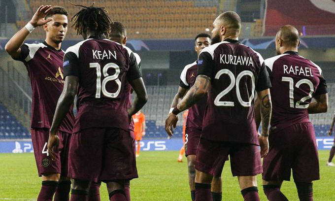 Les images du PSG ce jeudi: Retour sur la victoire à Istanbul et récupération