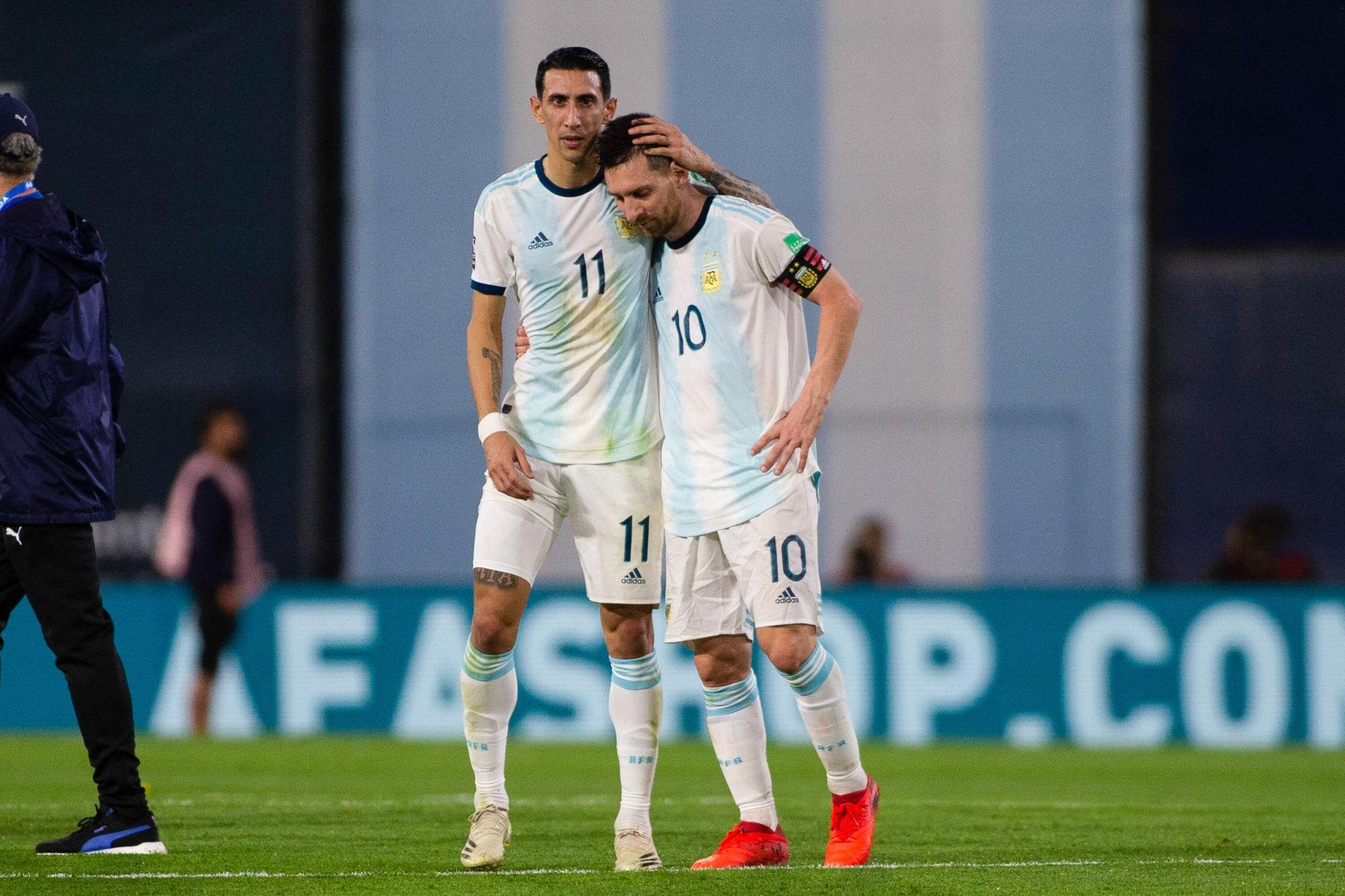 Argentine/Paraguay - Paredes titulaire et Di Maria entré au cours du match nul