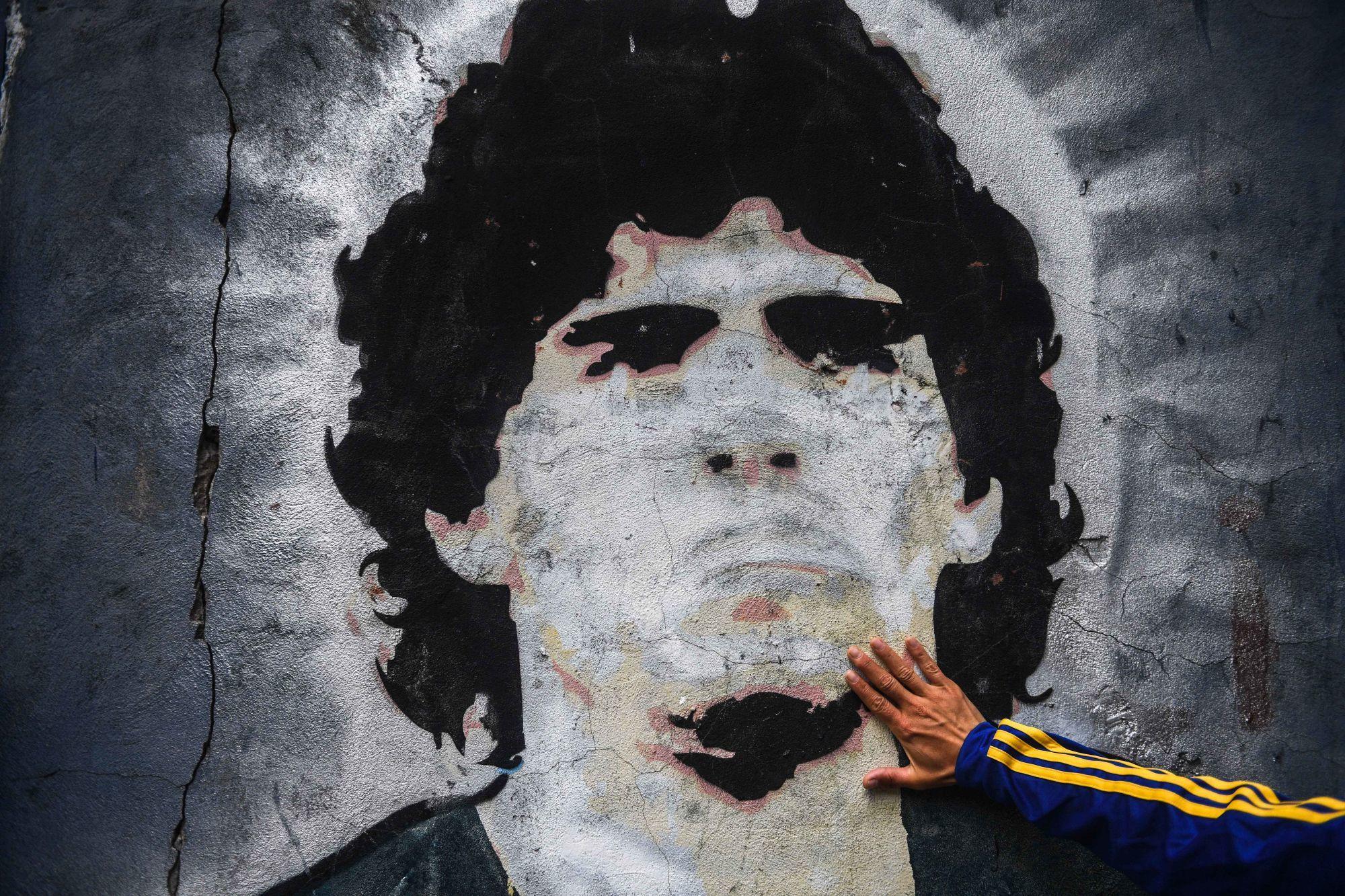 Maradona «laisse un héritage incroyable», souligne Paredes