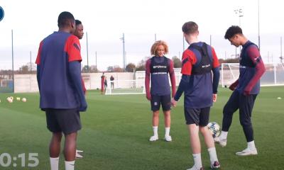 Revivez les dernières semaines au plus près de l'équipe U19 du PSG et d'Edouard Michut