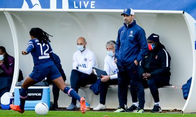 """Echouafni souligne que """"l'essentiel est là"""" après la victoire du PSG face au Gornik Leczna"""