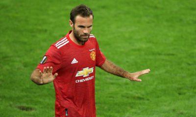 Manchester United/PSG - Mata évoque la rencontre, Herrera et Cavani