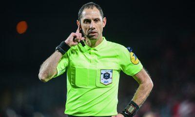 Brest/PSG - Lesage arbitre du match, peu de jaunes mais beaucoup de rouges
