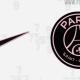 Le maillot extérieur du PSG pour la saison 2021-2022 blanc avec les numéros de l'Île-de-France