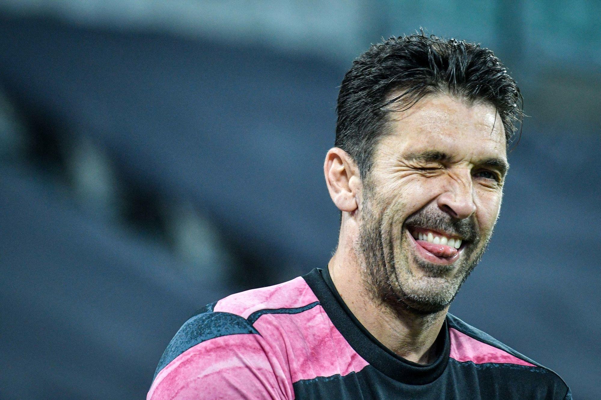 Buffon revient sur sa signature au PSG, alors qu'il comptait arrêter sa carrière