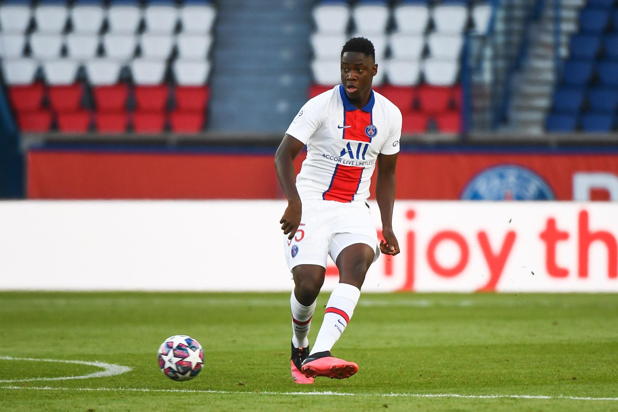 Bitshiabu et Gharbi appelés en Equipe de France U17