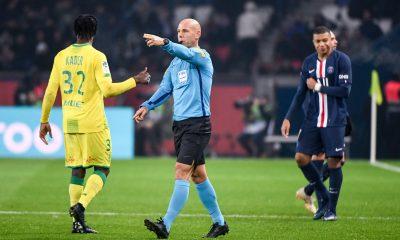 Angers/PSG - Delerue désigné arbitre, des jaunes mais surtout très peu de rouges