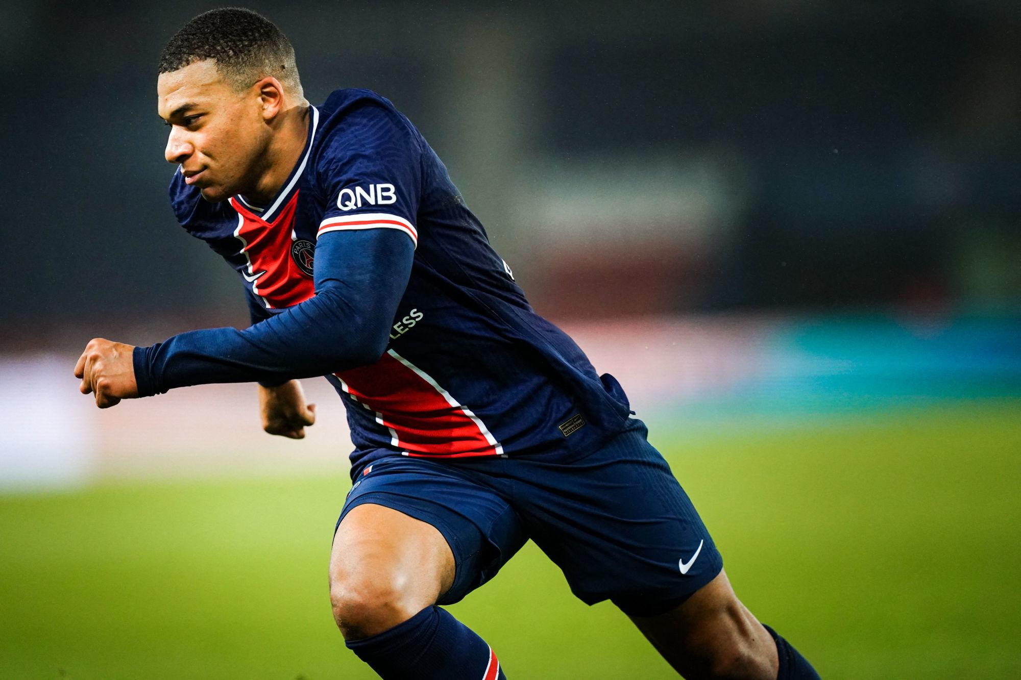 """Ferrer souligne que Mbappé """"adore Paris"""" et demande plus de reconnaissance"""