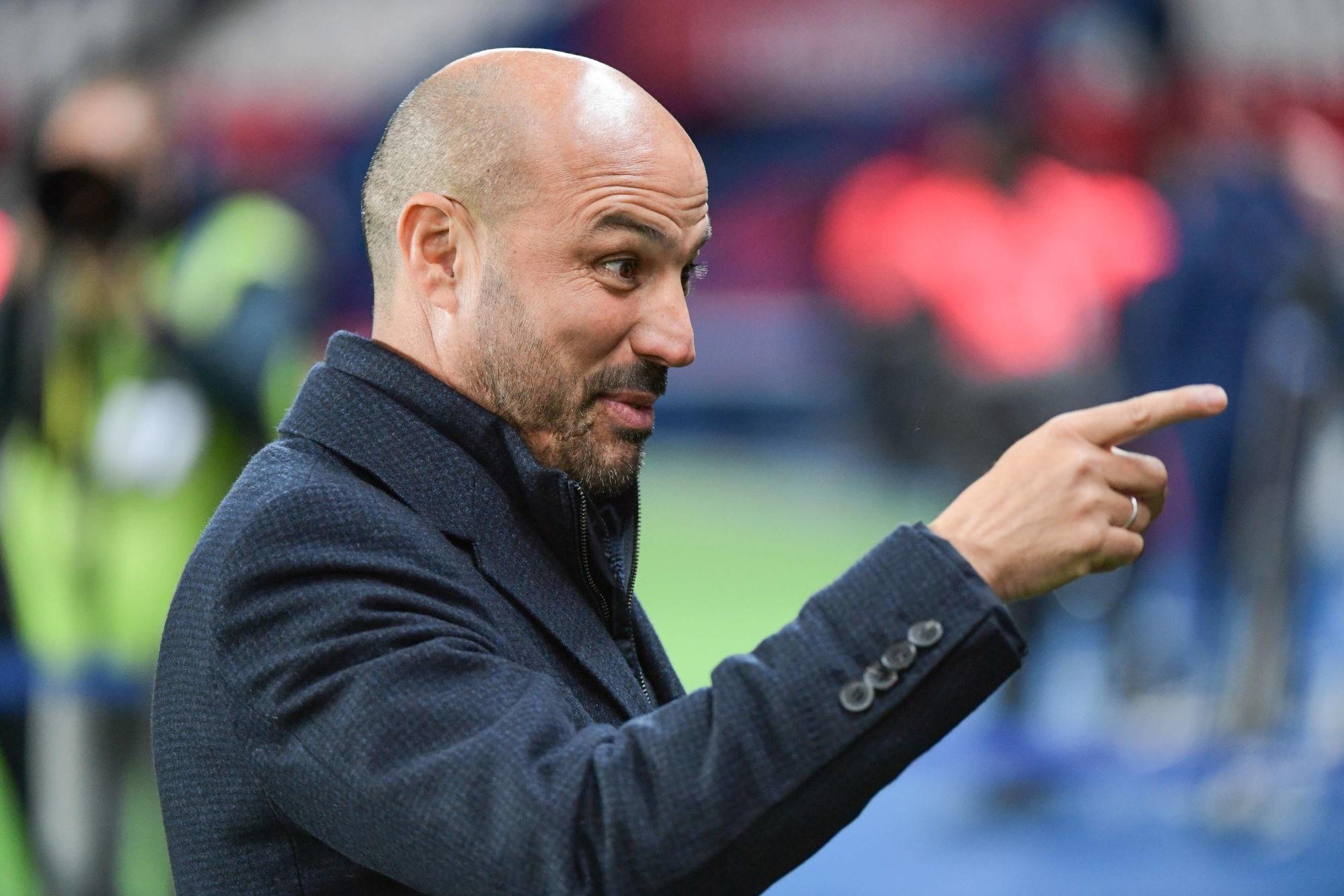 """City/PSG - Ferrer veut rester positif, mais souligne """"Paris a besoin d'un latéral droit"""""""