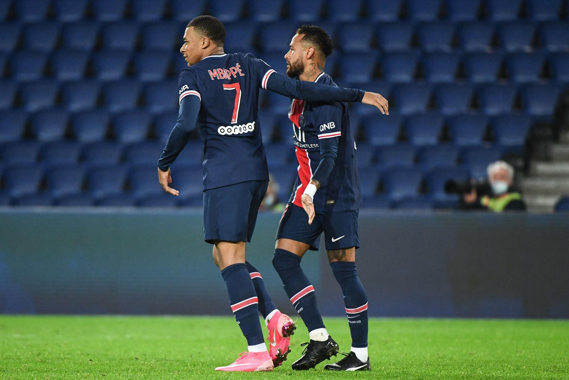 """Mbappé et Neymar """"ont besoin de garanties"""" de la part du PSG, avance L'Equipe"""