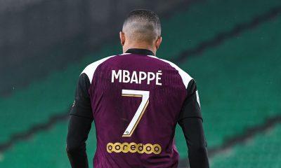 """Emmanuel Petit affirme que Mbappé se """"Neymarise"""""""