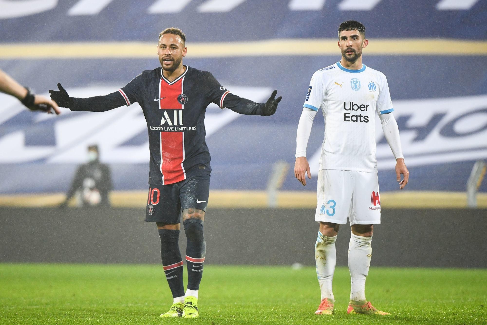 """Alvaro Gonzalez affirme que Neymar est """"considérablement moins intelligent"""" que lui"""