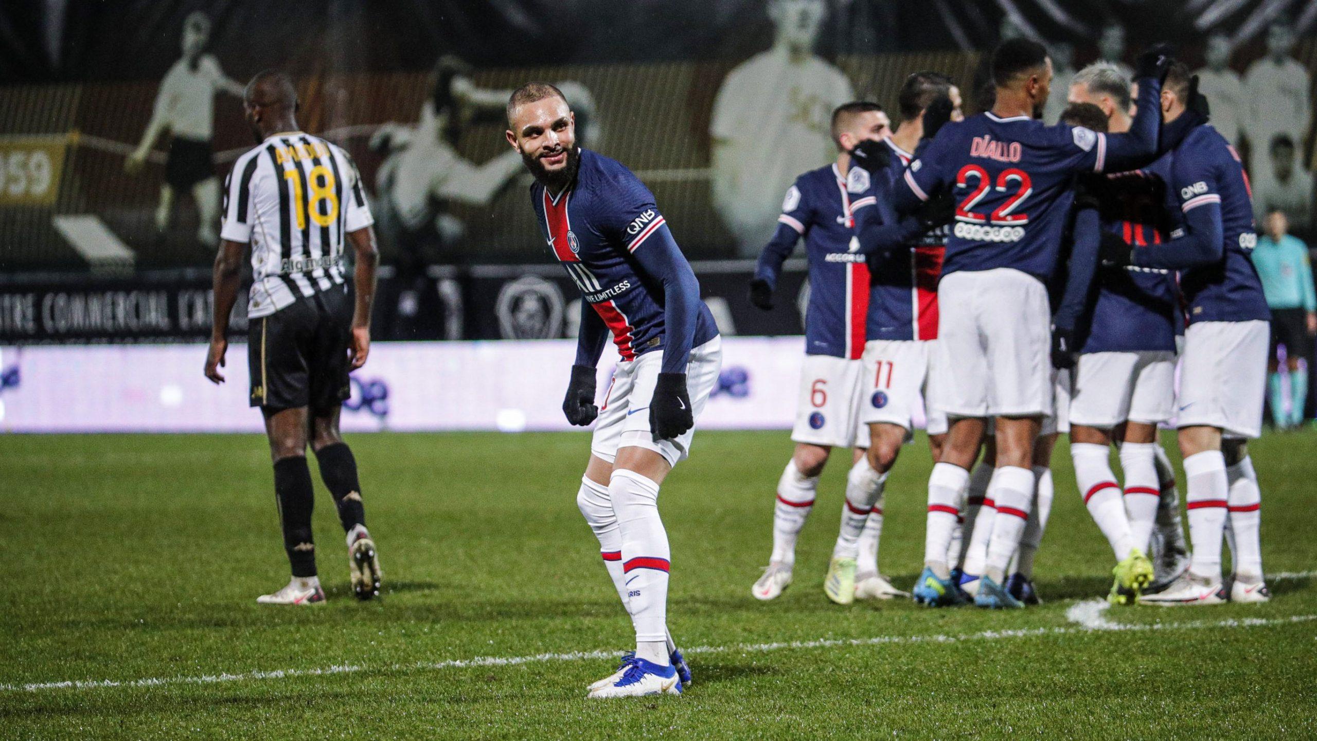 """Les images du PSG ce dimanche : Repos, retour sur Angers/PSG et """"Tu Préfères"""""""