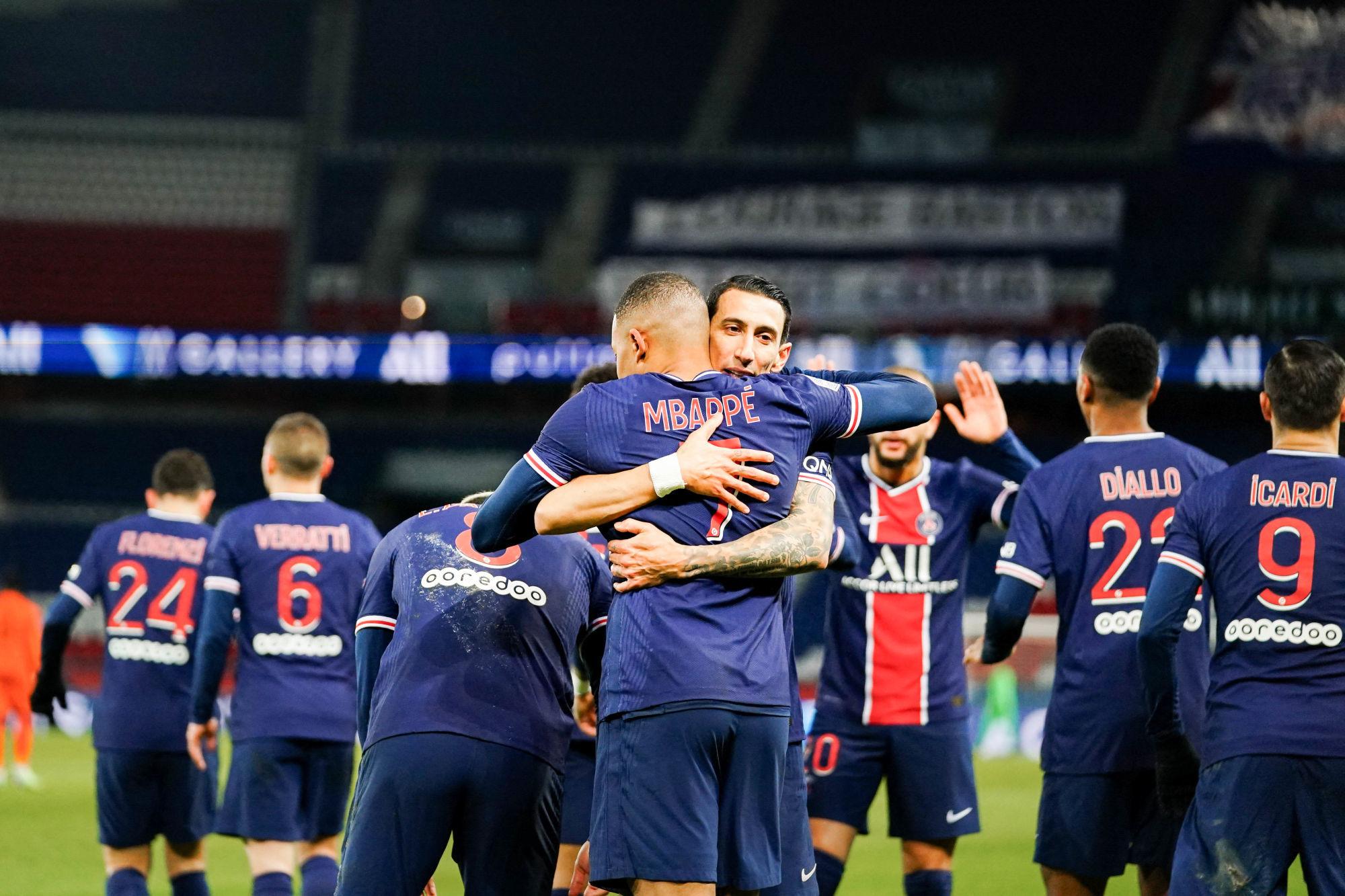Les images du PSG ce dimanche: 11 de légende de Neymar et repos