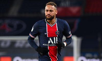 """Neymar """"d'accord avec le PSG"""" pour 4 ans et le même salaire, selon Téléfoot"""